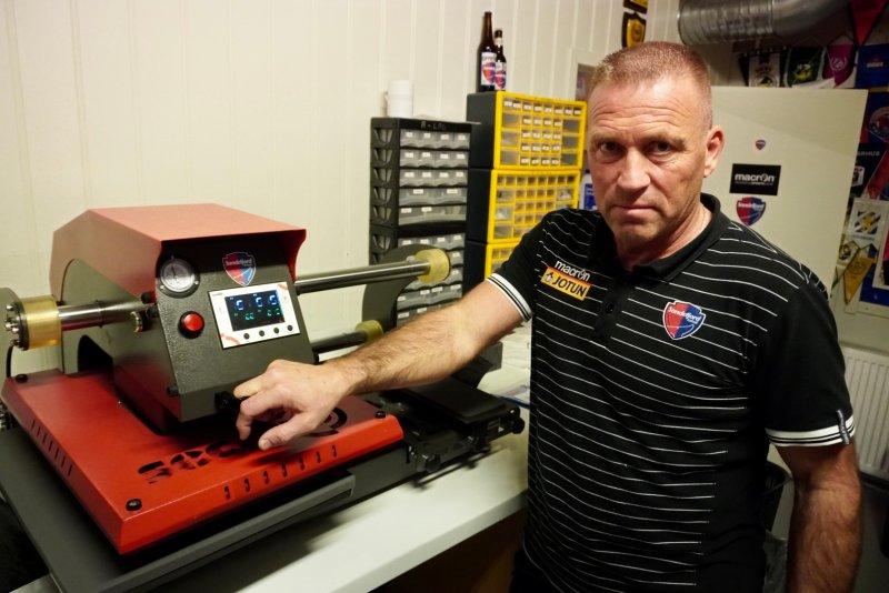 Laffen bruker mye tid i kjelleren for å klargjøre utstyr, og sørge for god bevertning til våre spillere, trenere og øvrige ansatte i klubben.