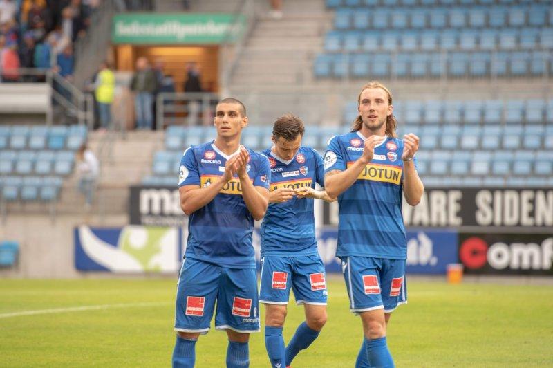 Sander Moen Foss fikk sin debut i Obosligaen 16.mai hjemme mot Skeid. (Foto: Rose M. Thorheim)
